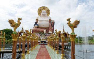 Lachender-Buddha-Wat-Plai-Laem-Temple