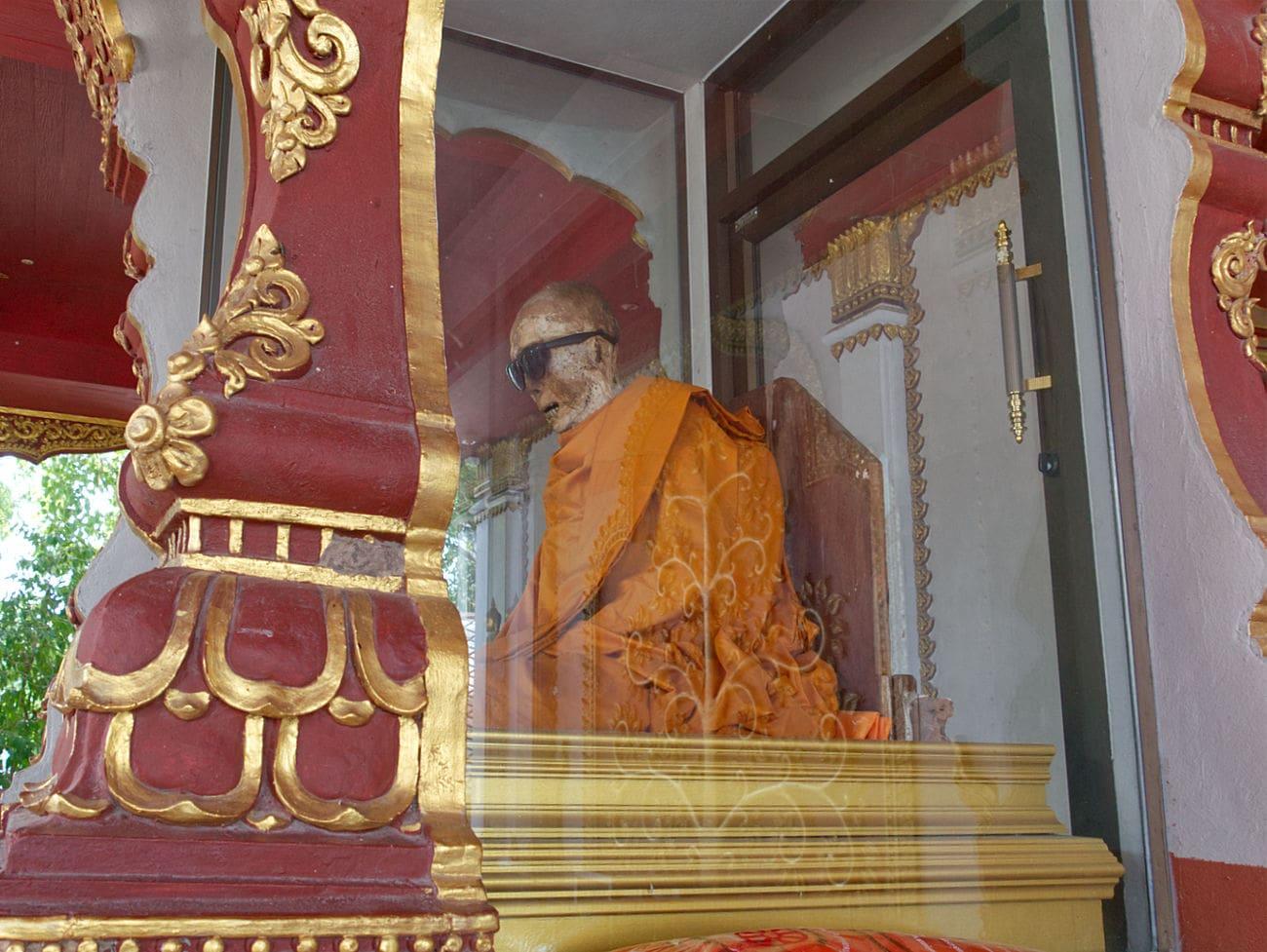 Mumifizierter-Mönch-Wat-Khunaram-Tempel