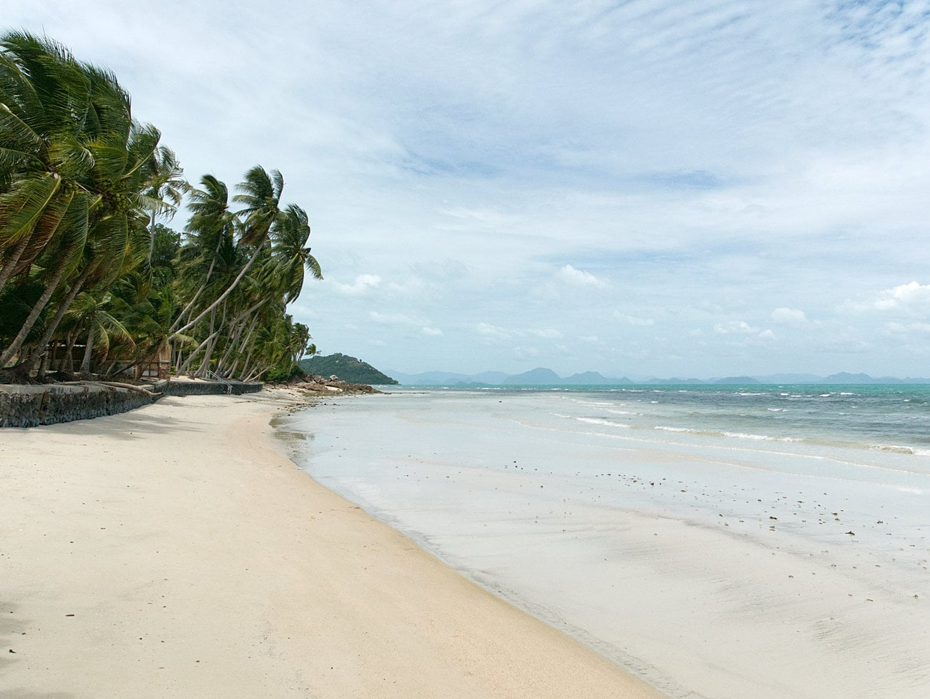 Taling-Ngam-Beach-Koh-Samui