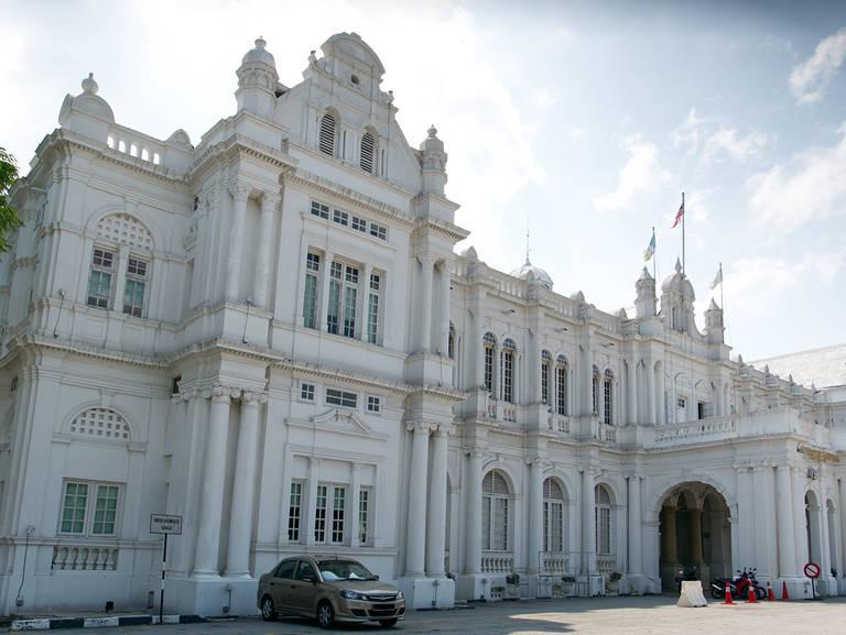 Penang-City-Hall