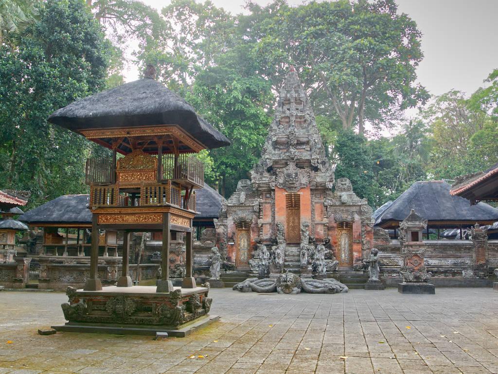 Affenwald-Ubud-Tempel-des-Todes