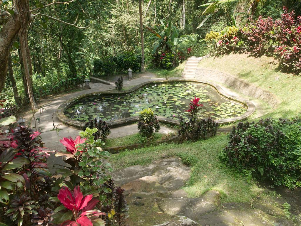 Goa-Gajah-Bali-Garten