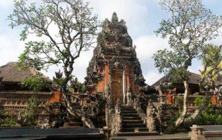 Pura-Saraswati-Tempel-Lotustempel-Ubud-Sehenswürdigkeiten