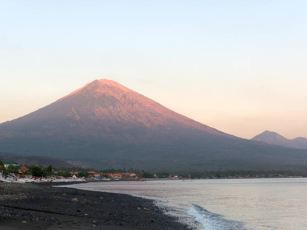 Bali-Mount-Agung-Sonnenaufgang