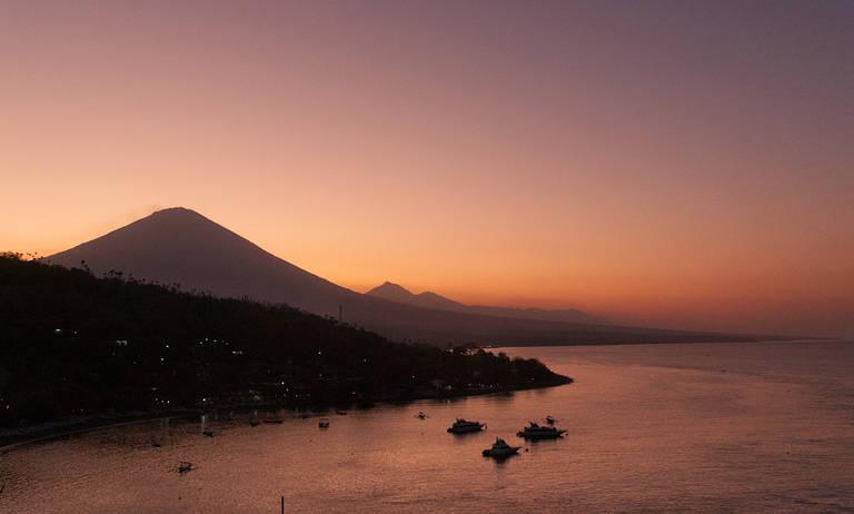 Bali-Mount-Agung-Sonnenuntergang