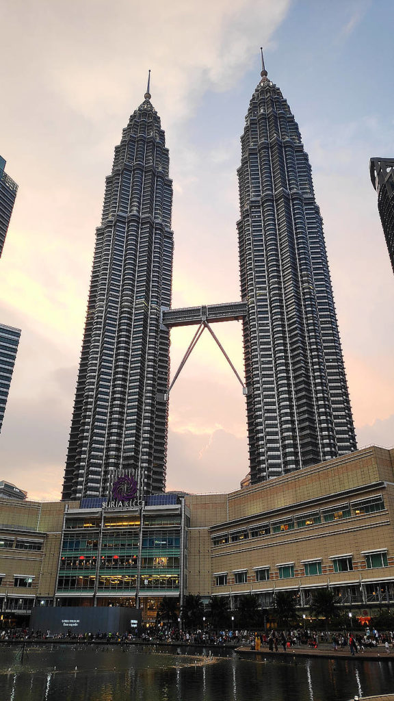 Petronas-Twin-Towers-Sonnenuntergang