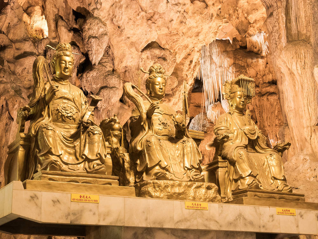 Kek Long Tong Tempel Statuen