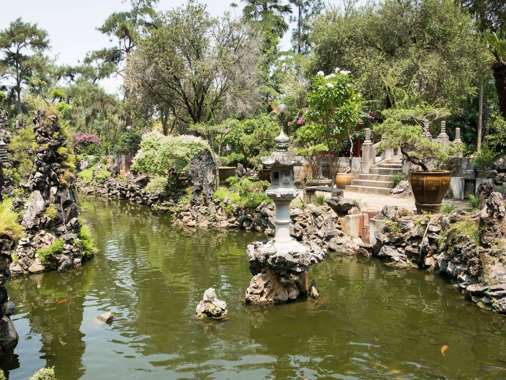 Sam Poh Tong Tempel Eingangsbereich
